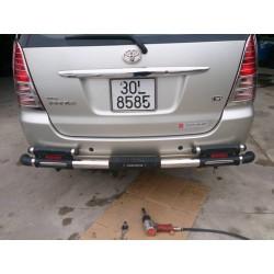 Cản sau Toyota Innova, ống Inox dày, hai ống, nhựa đẹp.