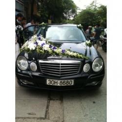 Dịch vụ tẩy băng dính hoa cưới, tẩy nhựa đường bám trên ô tô bằng hóa chất chuyên dụng, không ảnh hưởng đến sơn